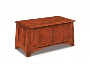 Boulder Creek Blanket Chest with Cedar Bottom